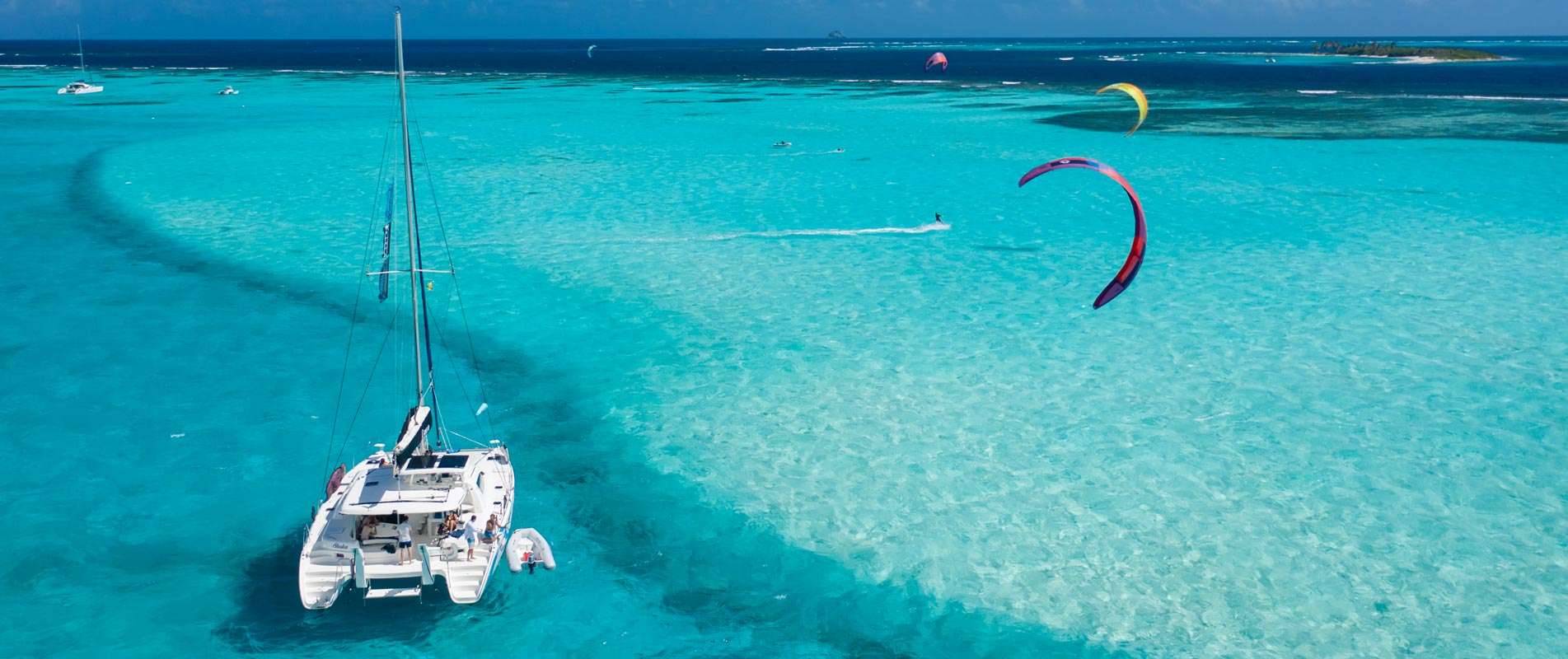 Kite Vacation in Catamaran in Tobago Cays