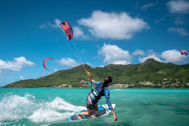 Solo Kiteboarding in The Grenadines