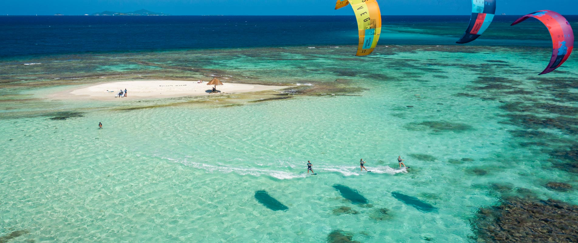 Kitesurfing with Caribbean kite cruise in the Grenadines